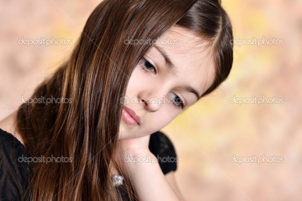 стрижки на средние волосы с легкой укладкой фото