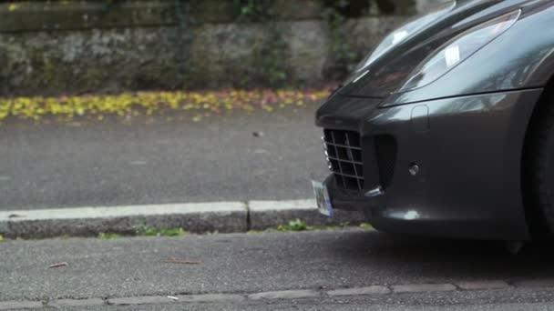 Ferrari sportovní auto