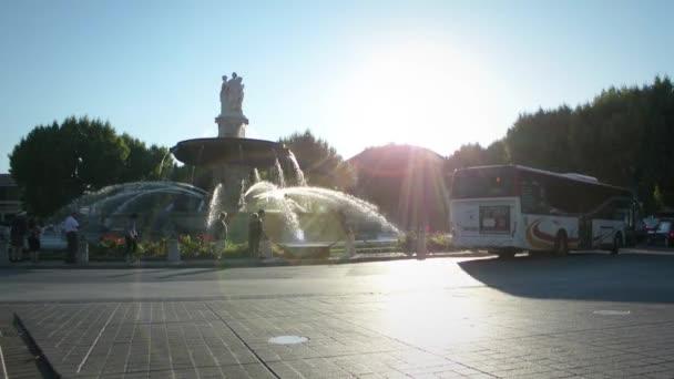 Place de la Rotonde s La Malmaison