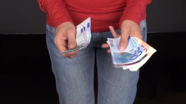Jeans woman counting money