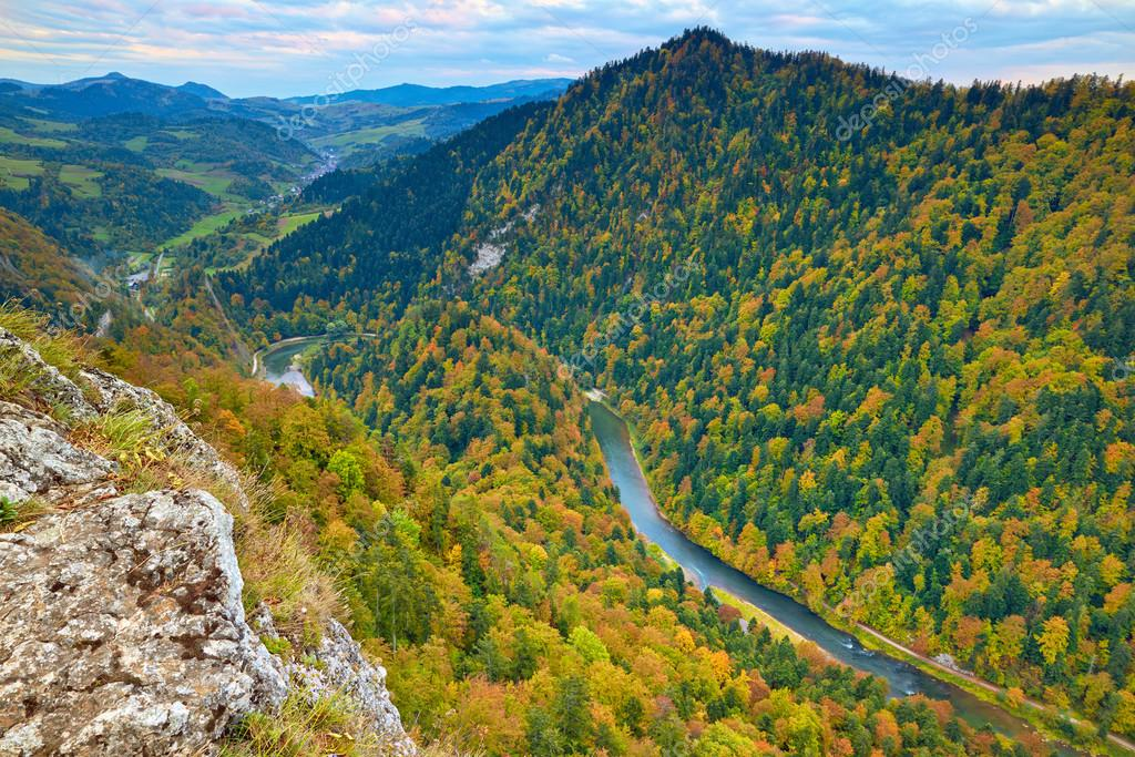 River view from Sokolica Mountain. Pieniny National Park. Carpathians landscape