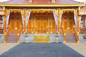 Fényképek Elején a királyi hamvasztási hely