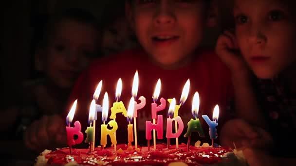 foukání svíčky