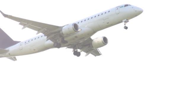 dopravní letoun vzlétl