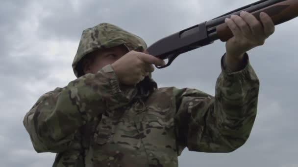 vadász lő a fegyver