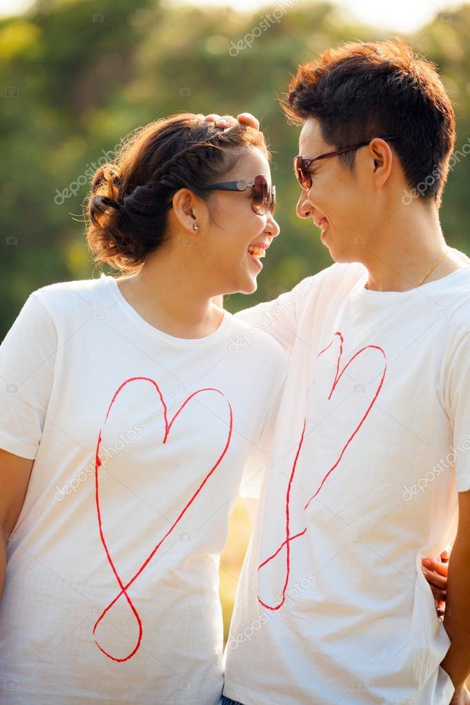 Знакомства молодые взрослые секс знакомства с писающими