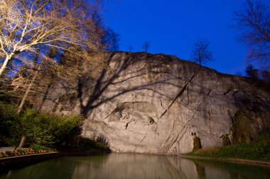Dying lion monument in Lucern Switzerland twilight