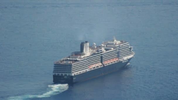 nagy luxushajó