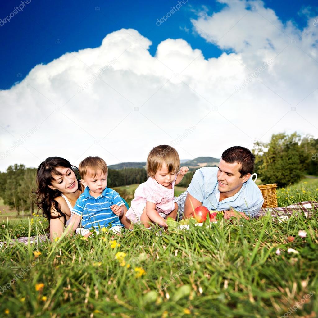 meadows centers family fun - 600×600
