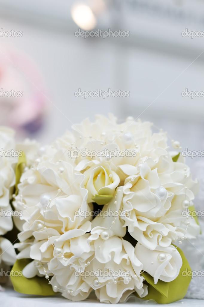 Beige Hochzeitsstrauss Stockfoto C Mary Smn 24933679