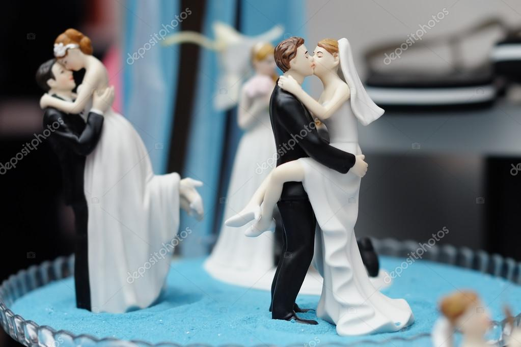 figurer till bröllopstårta
