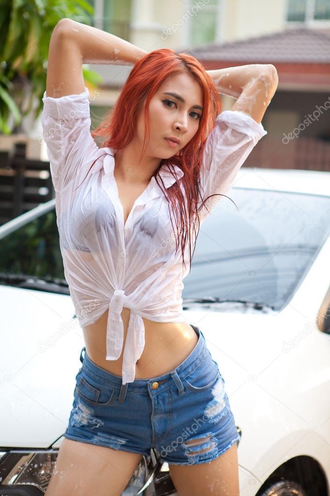 Woman Washing A Car Stock Photo 169 Witthayap 33385377