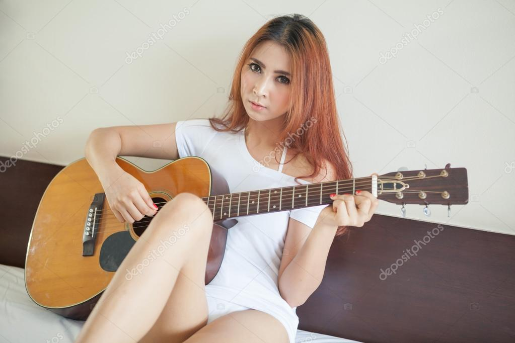 Naked sexy asian girl guitar wife masturbates