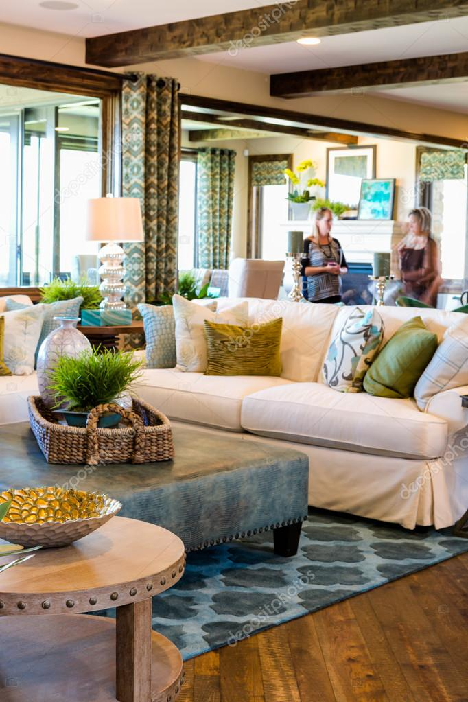 luxe interieur van Amerikaanse woonkamer — Stockfoto © urban_light ...
