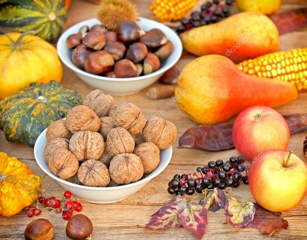 Herbst Frucht Ernte Herbst Stockfoto C Lola19 50593669