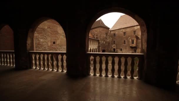 portico del castello medievale