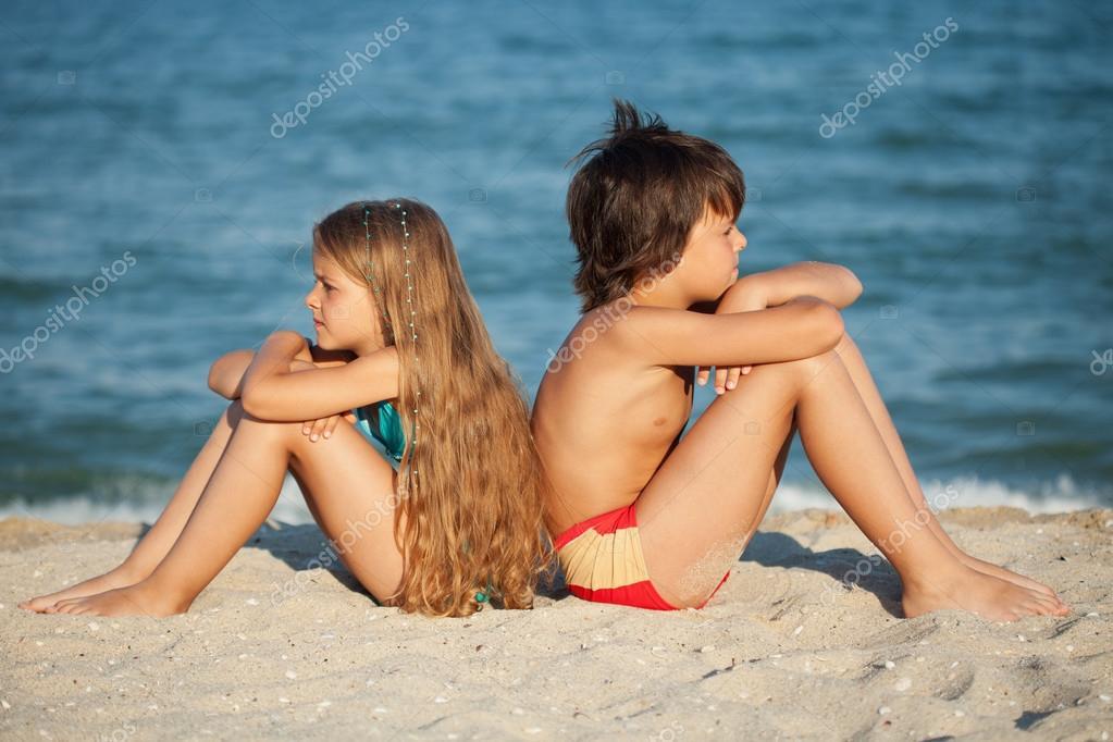 Ujkst мальчики видео секс две девочки согласен