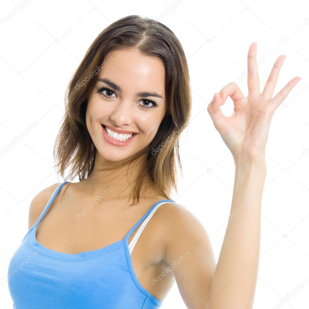 1f715d94a retrato de uma mulher sorridente com sinal ok