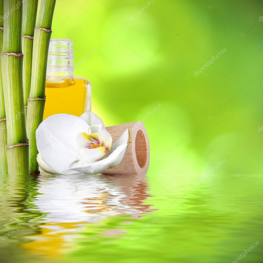 Decoration De Spa concernant troncs de bambou, décoration de spa de fonds — photographie carballo