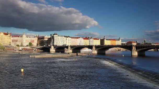 pohled z Prahy Smíchova
