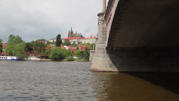 Zobrazit na Pražský hrad v okrese Hradčany