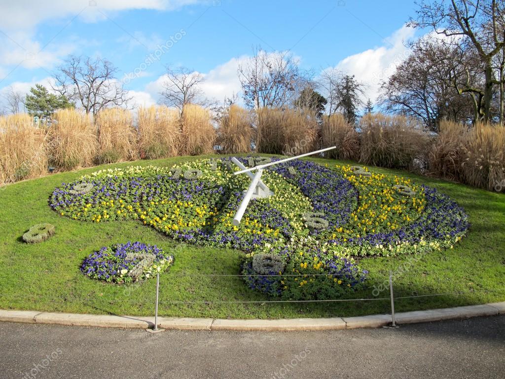 L 39 horloge fleurie dans le jardin anglais gen ve photo for Jardin anglais geneve suisse