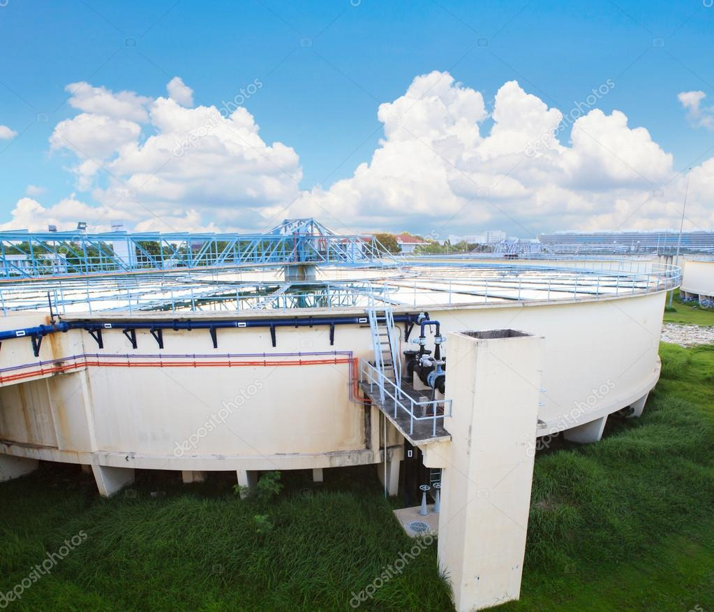 big tank of water supply in metropolitan water work industry pla
