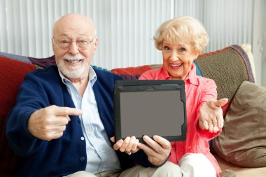 Seniors Point to Tablet PC
