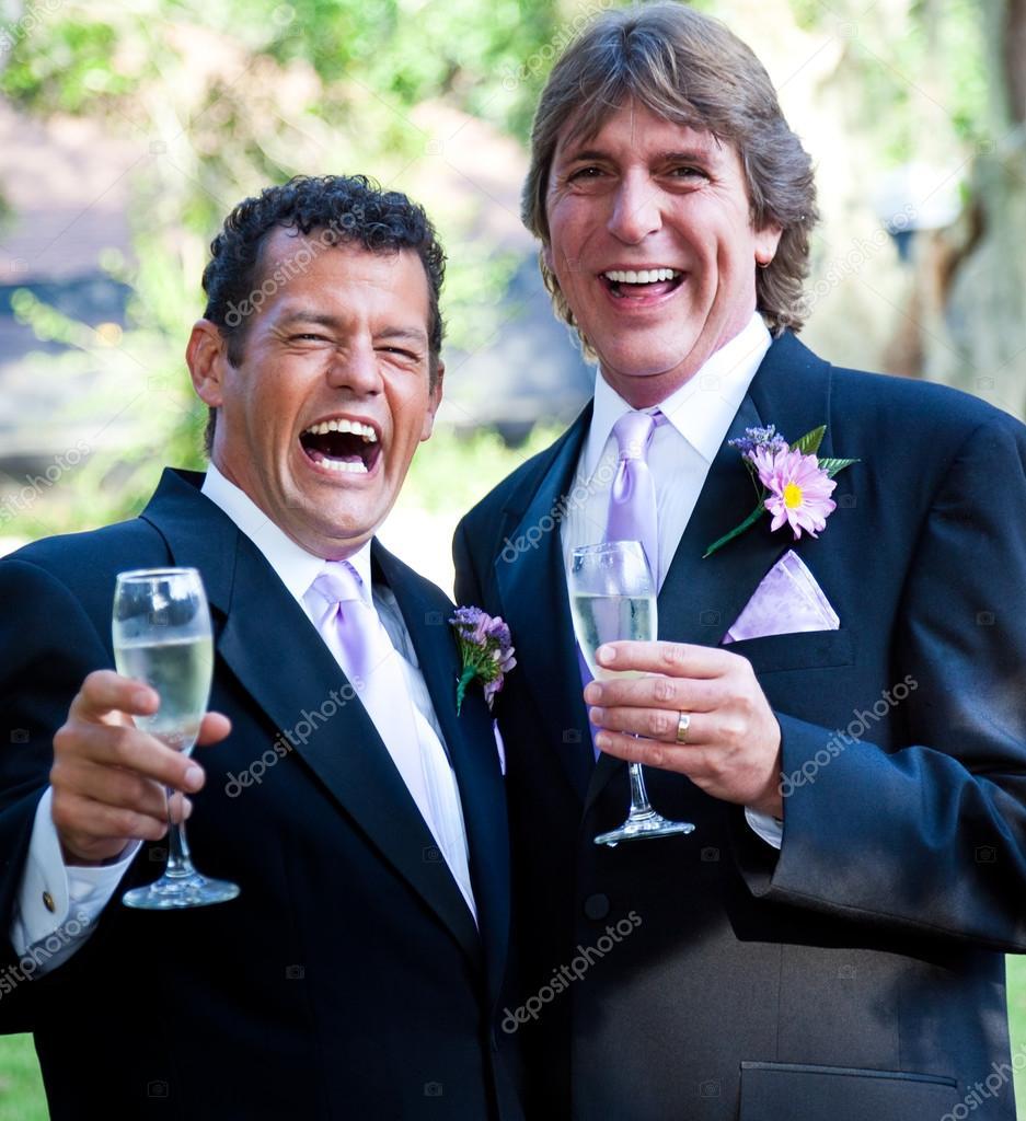 ślub Gejów Szampan I śmiech Zdjęcie Stockowe Lisafx 25807407