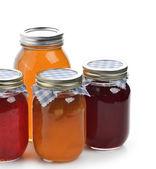 Fotografia miele, confetture e marmellate fatte in casa