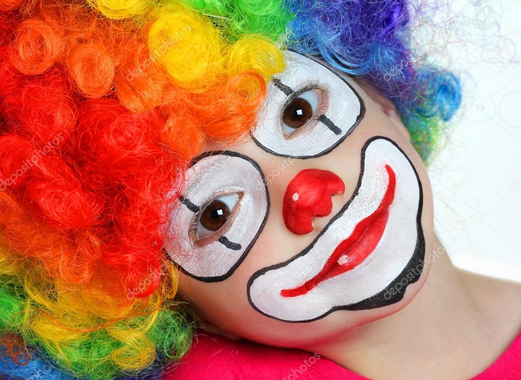 Mooi Meisje Met Schminken Van Een Clown Stockfoto Alexsvirid