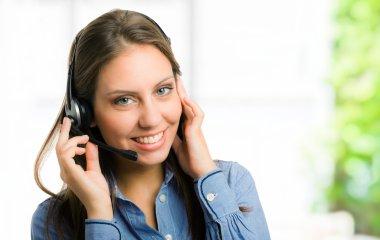 Woman using an headset