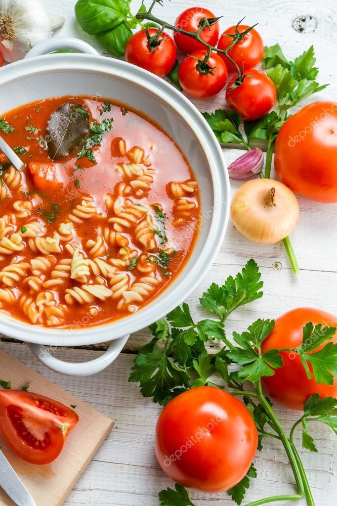come fare la zuppa di pomodoro dieta a casa