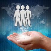 Kiválasztása a megfelelő személy a csoportból a kezét