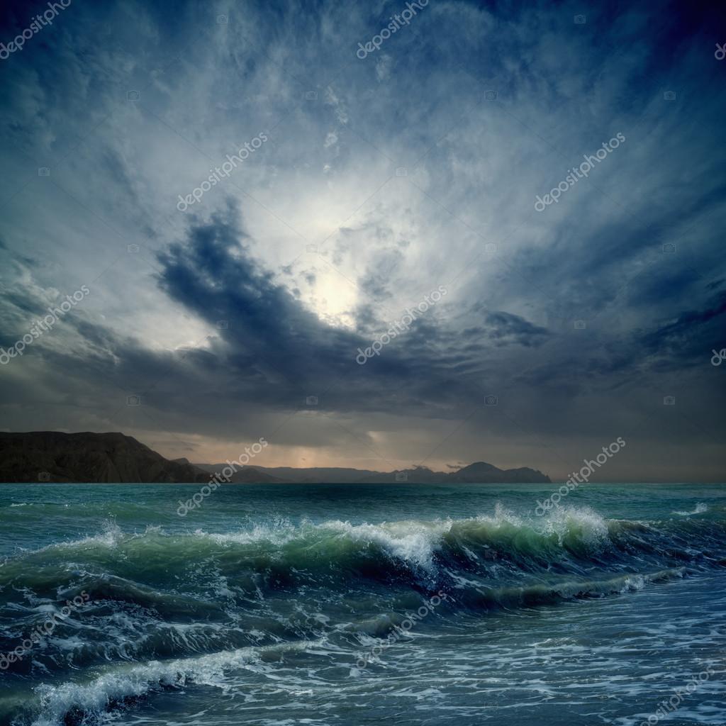 Фотообои Stormy sea