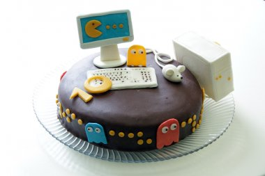 Cake for gamers