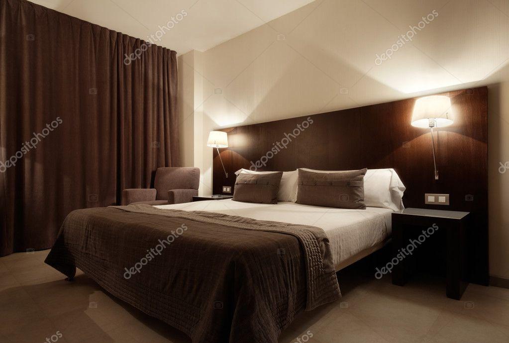 현대 럭셔리 침실, 인테리어 디자인 — 스톡 사진 © AndreaA. #22005247
