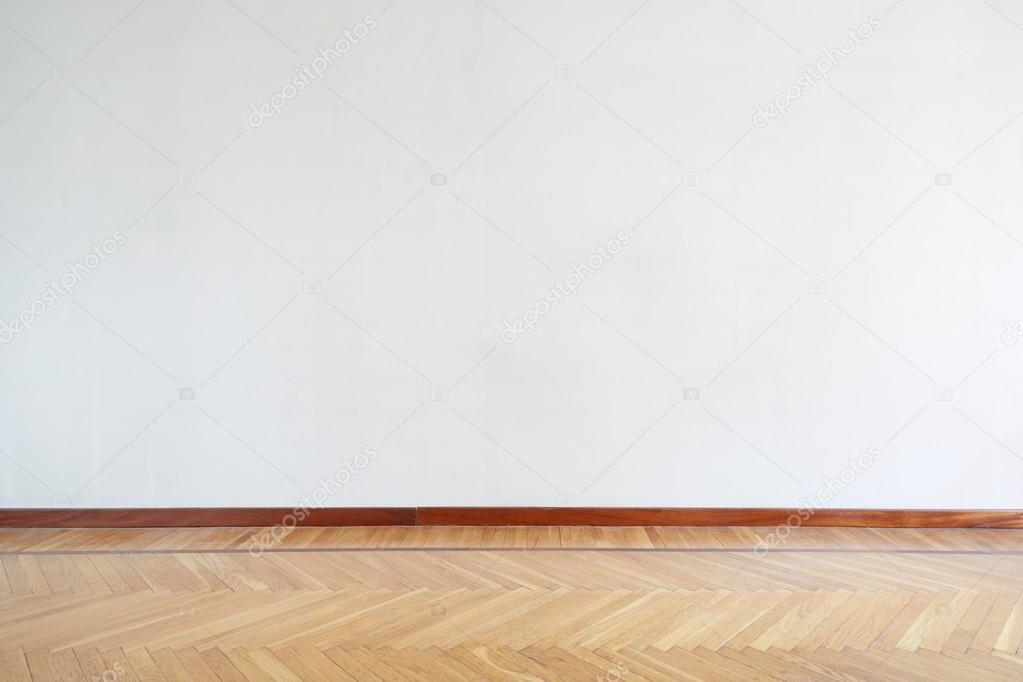 Holzfußboden Parkett ~ Leeren raum mit holzfußboden parkett u stockfoto andreaa