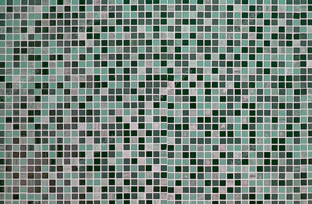 Groene Mozaiek Tegels : Groene retro mozaïektegels u2014 stockfoto © jcsmilly #48239281