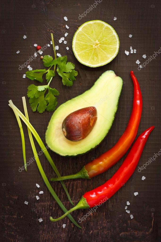 Guacamole ingredients.