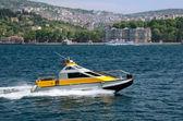 Fotografie lodivodův člun na Bospor