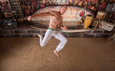 Capoeira Twisting Kick