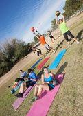 Разнообразные boot camp Фитнес-класс — стоковое фото #41999401