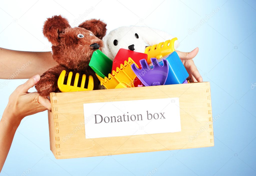 Gros Fond Les Boîte Plan De Avec D'enfants Jouets Bleu Le Dons CxeEQrBWdo