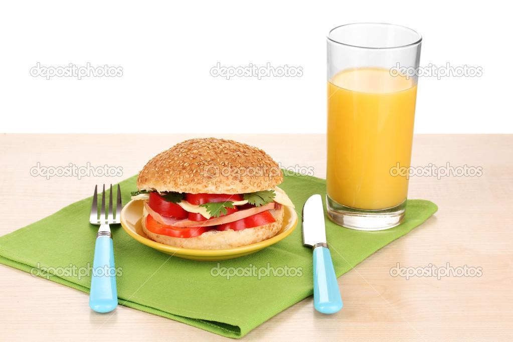 Smakelijk Sandwich Op Kleurplaat Op Houten Tafel Op Witte