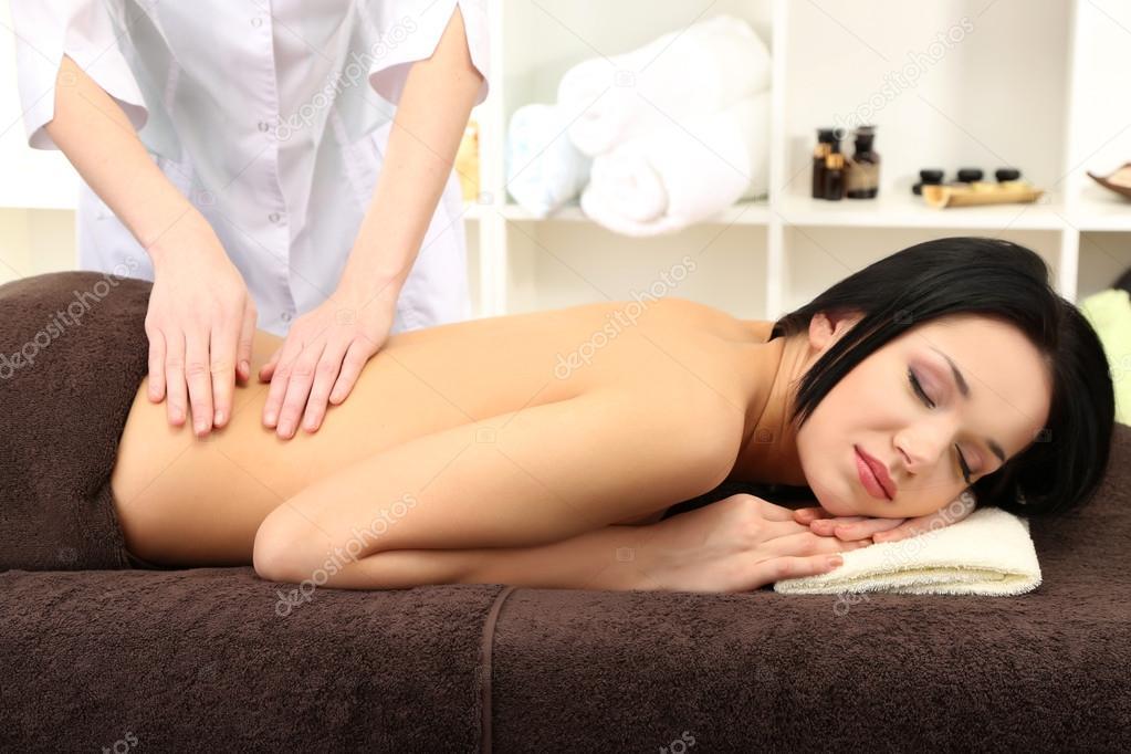 пришла на массаж а ее трахнули видео - 11