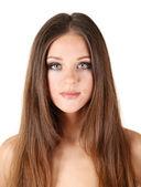 Portrét krásné ženy s dlouhými vlasy, izolované na bílém