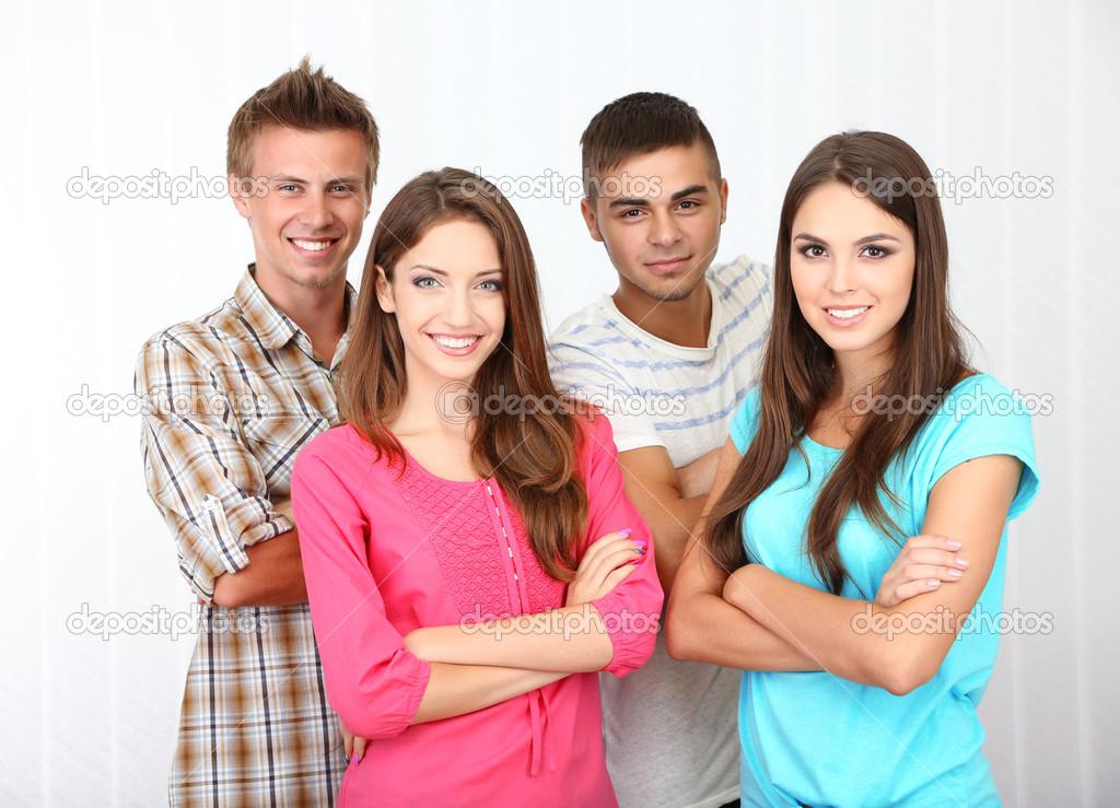 фото красивых молодых людей
