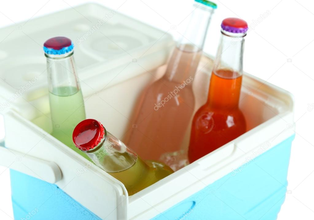 Kleiner Kühlschrank Getränke : Getränke in glasflaschen in mini kühlschrank abschließen