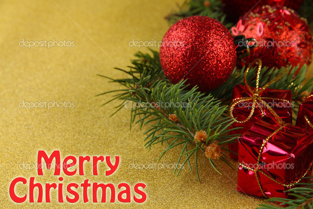 sch ne weihnachts dekorationen mit tannenbaum auf hellen. Black Bedroom Furniture Sets. Home Design Ideas